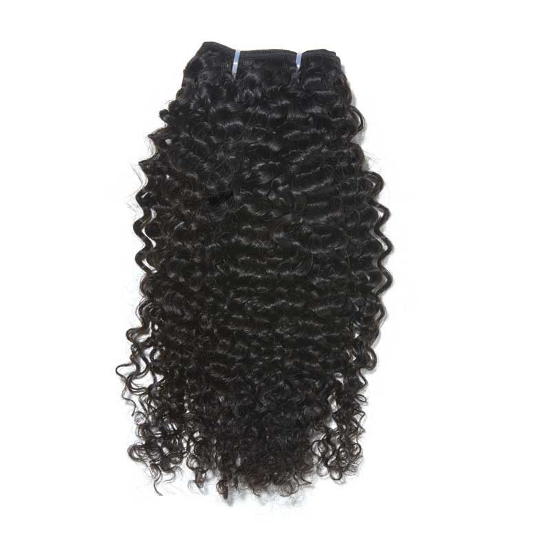 hair with kinky curls